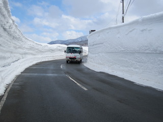 日本一の豪雪 積雪433センチ! 山形・肘折温泉は「ドカ雪・キャンペーン」中!!